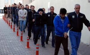 土耳其修憲公投後 逮800名葛蘭運動支持者