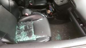 慣竊破窗取財  計程車慣竊遭逮