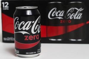 新知》天天喝代糖飲料 腦中風、失智症風險增近3倍
