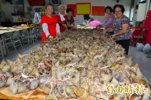 有洋蔥!社區老人省下午餐買菜錢 為了包粽勞軍...