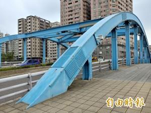 彩妝升「顏值」 安平望月橋將重新上色