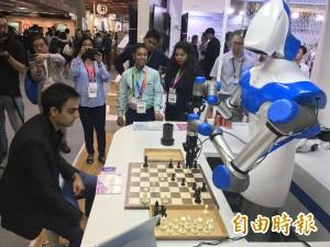 下棋、倒咖啡 難不倒智慧視覺機器人