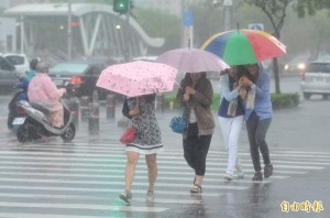中南部雨彈來襲 5縣市發布超大豪雨特報!