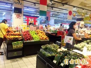 台中菜價平均上漲5成 主婦搶菜