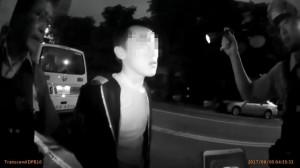 詐欺通緝犯機車閃警 闖紅燈害女友被撞飛