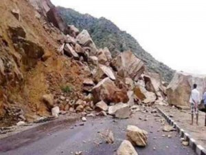 孟加拉暴雨引發土石流 至少35死、多傷