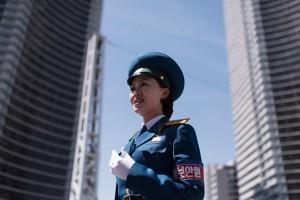 北韓女力交警 金正恩精選的「交通小姐」