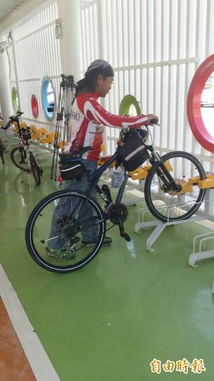 高雄首座自行車立體停車場啟用 今年免費