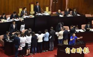 拖延年改二讀 國民黨祭出冗長發言