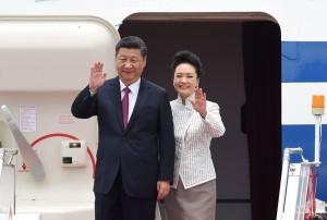 習近平隔9年再抵港 記者當面問:何時釋放劉曉波?