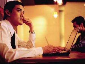 醫病》研究:男人晚上待在吵雜環境易不孕