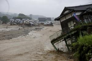 日本北九州豪雨災情慘重 台灣團2670人均安