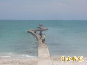 澎湖瘋秘境 天堂路、八卦道遊客絡繹不絕