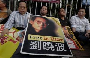 中國不讓劉曉波出國就醫 陳芳明:中國怕他活下來