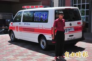 挽救更多偏鄉心跳 老母親為亡子捐救護車