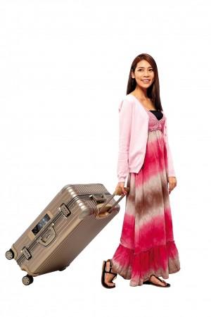 辦卡贈品選行李箱 6家銀行比一比