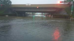 南市東區淹大水 裕農裕義路口、林森地下道都封鎖