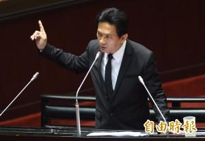 馬被爆遭中共控制多年 林俊憲籲「快去告!」