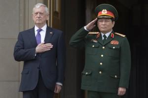 越戰後首次!美航母明年造訪越南 意圖牽制中國