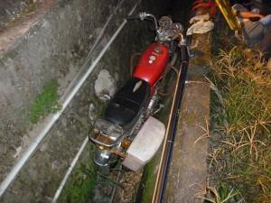 台21線長福路段水溝窄又深 成騎士、行人殺手