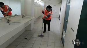上廁所沒衛生紙怎麼辦?「智慧廁間」神救援!