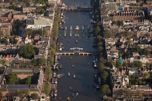 遊客爆增讓阿姆斯特丹怒了   擬增10歐元觀光稅