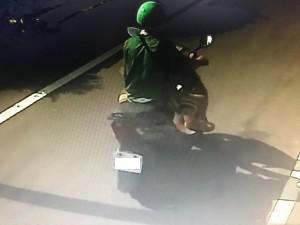 男子愛戴「綠帽」 警上門百口莫辯