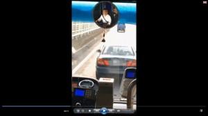 國道上龜速70公里擋客運10公里 這駕駛GG了