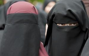 奧地利立法禁穆斯林蒙面安遭批 總統也反對