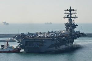 川普出訪亞洲前 美國3航母集結西太平洋