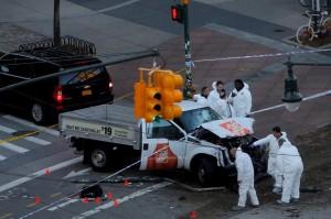 紐約曼哈頓卡車撞路人8死15傷 定調恐攻