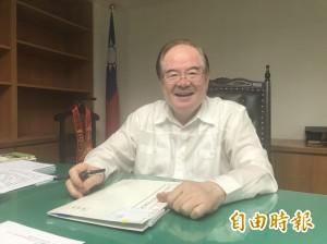 周錫瑋堅持公開初選 李乾龍:請他放心