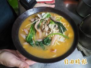 天天吃好料》中寮阿綿什錦麵 60元通吃山珍海味
