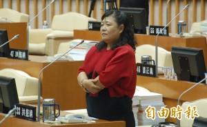 涉詐領議員助理費 「洪大姐」洪慈綪5萬元交保