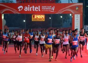 不畏印度毒霧霾  3萬5000名跑者參與半馬賽程