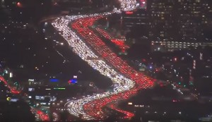 當地人都快瘋了... 洛杉磯這張照片全球爆紅!