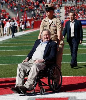 93歲又166天破紀錄!老布希成史上最長壽美國總統