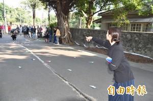 抗議眷村屋毀人去 高師大師生馬路辦展
