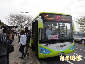 寧開貨車也不開客運 南市公車駕駛徵人不易