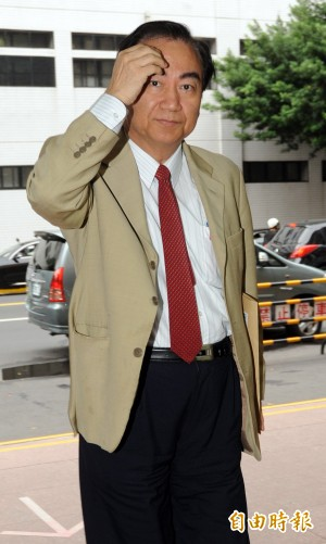 窘! 馮滬祥二度聲請再審性侵案 高院駁回