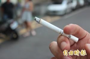 研究:孤獨有害人體健康 相當於每天抽15支菸