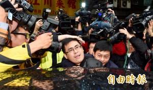 王炳忠被以證人身分搜索、帶走  前檢察官:不罕見