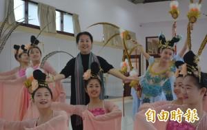 奉獻舞蹈教學30年 洪淑玲獲「藝術教育貢獻獎」