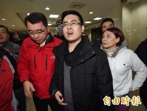 王炳忠遭搜索風波延燒  路透:成兩岸最新衝突爆發點