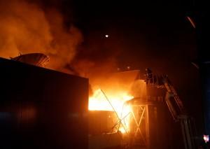 印度孟買暗夜惡火 30分鐘燒光大樓釀15死