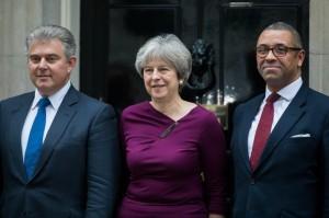 英內閣改組換掉保守黨主席 脫歐、外交大臣留任