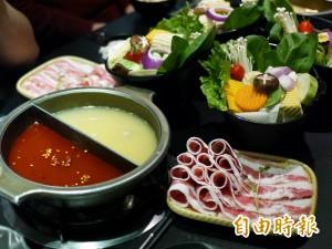 天天吃好料》宜蘭「禾家鍋物」 招牌推皮蛋湯底