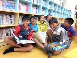 弱勢孩子缺乏教育資源 曾受助青年回饋陪伴