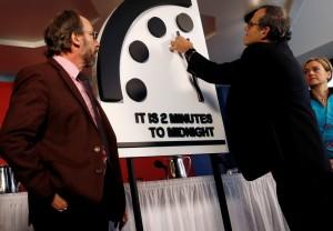 「末日時鐘」撥快30秒 距離世界末日僅剩2分鐘