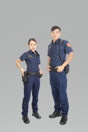 警察新制服票選「藏青色」勝出 最快年底穿上街